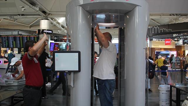 Atatürk Havalimanı'nda vücut tarayıcı cihaz kullanımı başladı