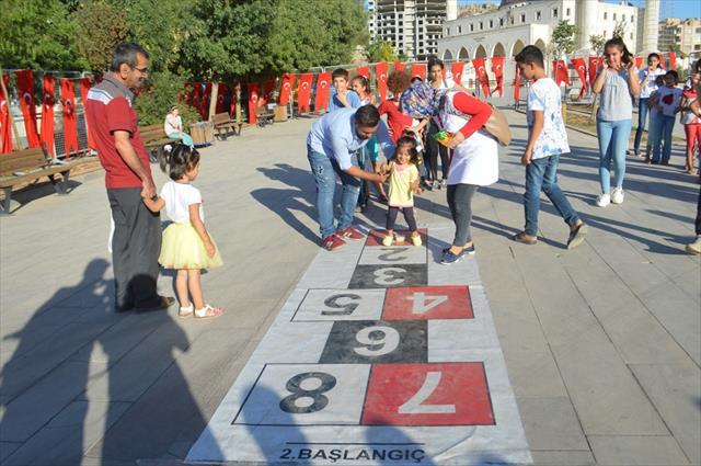 Mardinli çocuklar oyuna doydu
