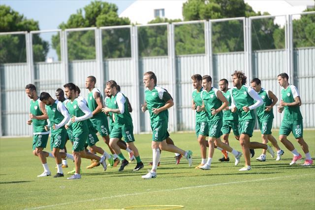 Bursaspor'da Galatasaray mesaisi sürüyor