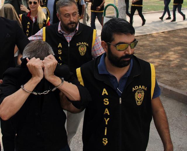 Çete lideri Dubai'de bile eskort sitesi kurmuş