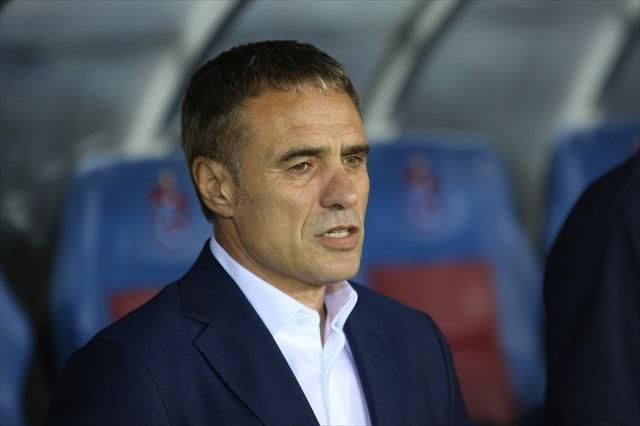 Trabzonspor yönetimi Yanal'ı masaya yatırdı