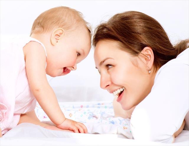 Emziren annelere 'sıvı tüketin' tavsiyesi