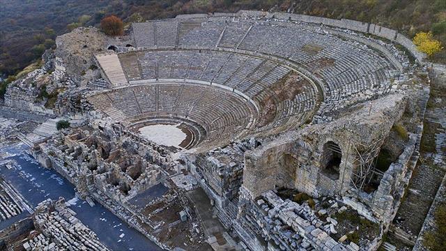 Bir asırdır turist çeken antik kent