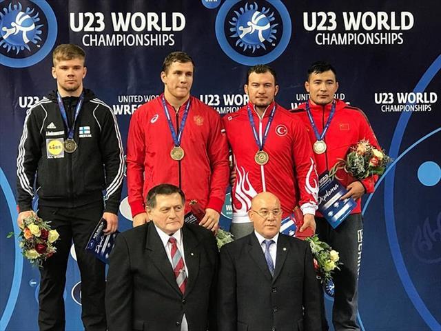 U23 Dünya Güreş Şampiyonası'nda 1 altın 2 bronz