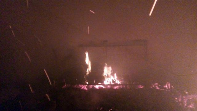 8 itfaiyeci dumandan etkilendi