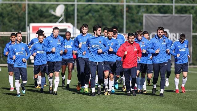 Trabzonspor'da ikinci yarı mesaisi sürüyor