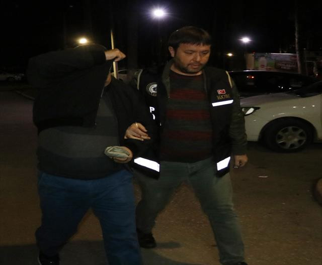 Suç örgütüne şafak baskını:12 gözaltı