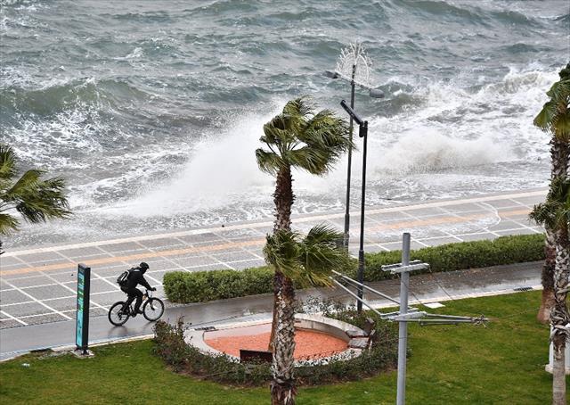 İzmir'de lodos raporu