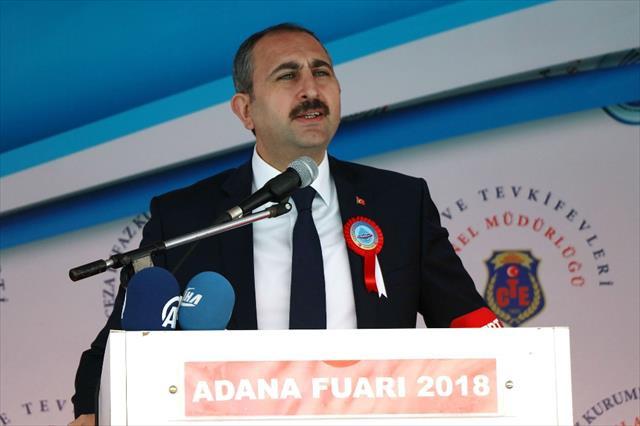 Türk milletinin bir yer işgal etmediğini...