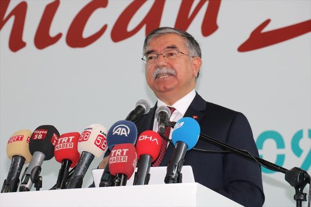 Çağıyla rekabet eden Türkiye istiyoruz…
