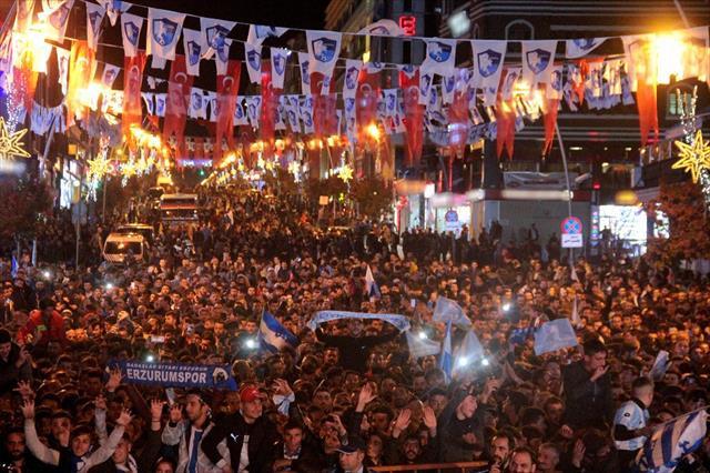 Erzurumspor'a muhteşem karşılama…