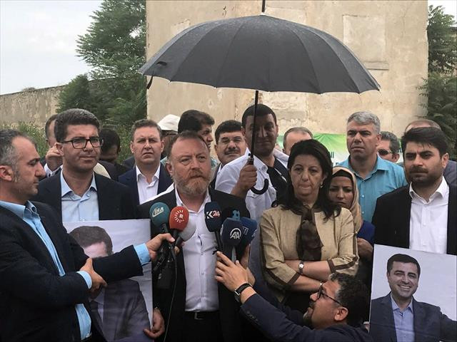 HDP eş başkanlarına Edirne'de büyük şok…