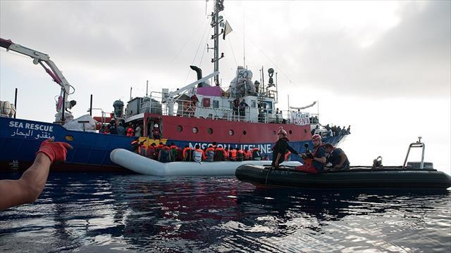İtalya'dan göçmenleri kurtaranlara tutuklama tehdidi