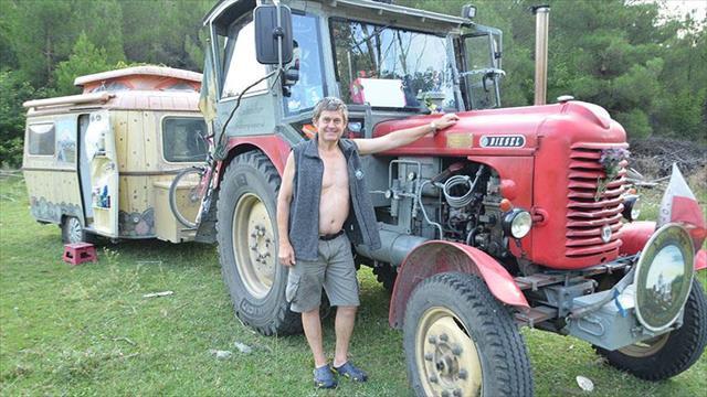 Avusturyalı çiftçi traktörle Avrupa turu yapıyor