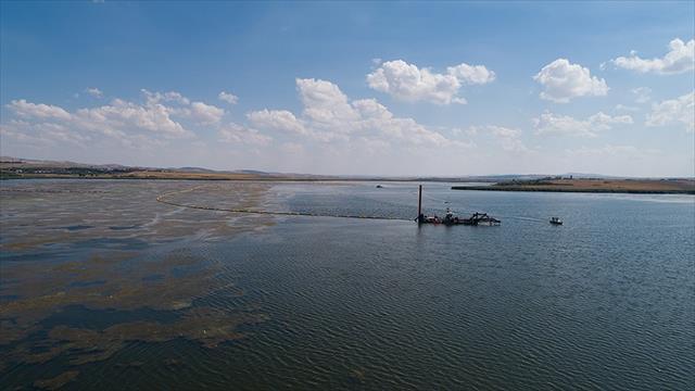 'Ankara'nın denizi'ndeki temizlik çalışmalarını AA görüntüledi