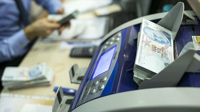 Ekonomistler politika faizinde artış bekliyor