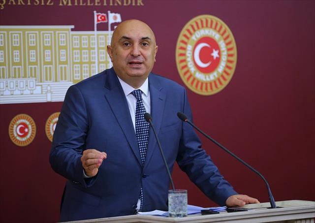 Engin Özkoç'tan CHP'li Tüzün'e yalanlama…