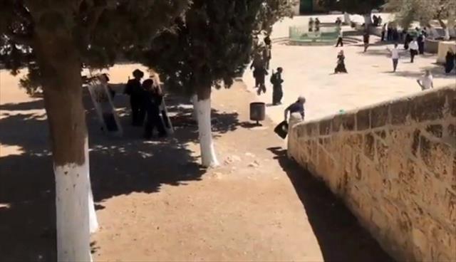 İsrail polisi Filistin'de 4'ü gazeteci 20 kişiyi gözaltına aldı…