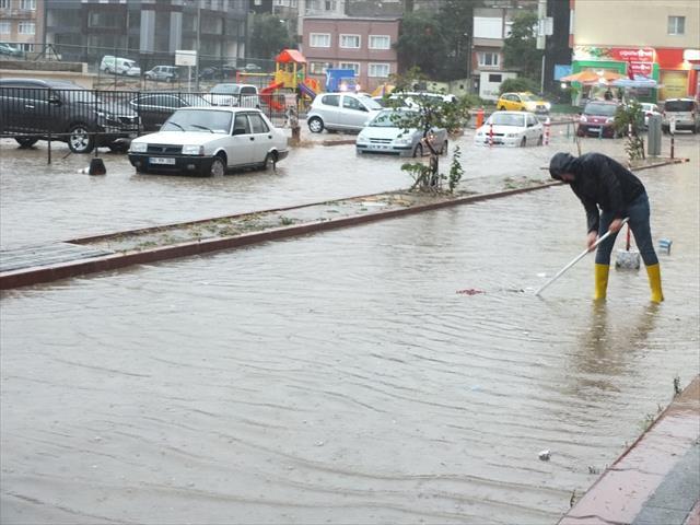 Bandırma'da sel