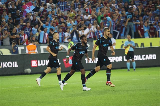 Milli aralar Trabzonspor'a yaramıyor