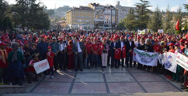 105 kilometrelik Atatürk ve İstiklal Yolu Yürüyüşü sona erdi