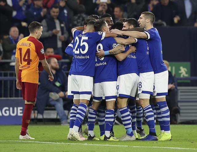 İlk yarı Schalke'nin üstünlüğüyle bitti…