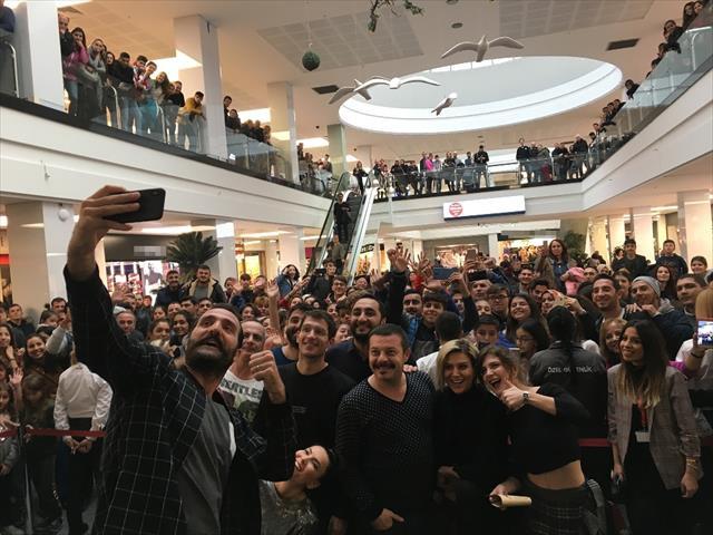Çakallarla Dans 5 ekibinden İzmir'e gala çıkarması