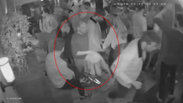Gece kulübünde dans ederek hırsızlık