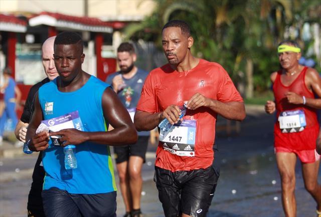 Will Smith Küba'da maraton koştu