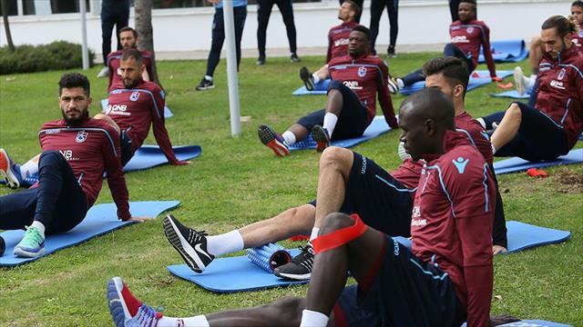 Trabzonspor'da Fenerbahçe maçı hazırlıkları sürüyor