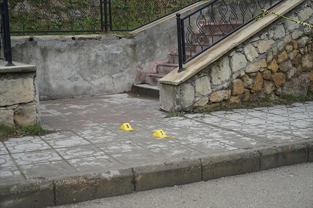 Öğrencilerin okul önündeki kavgası ölümle sonuçlandı