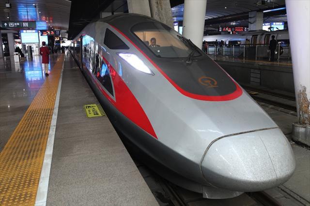 Çin'den su altı hızlı tren projesi