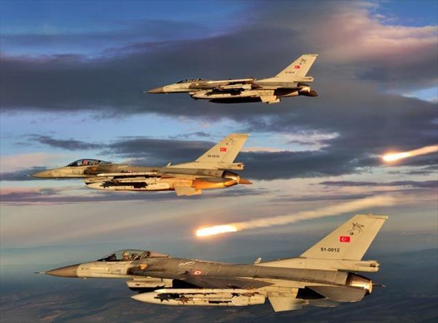 Kuzey Irak'taki PKK hedefleri yerle bir edildi…