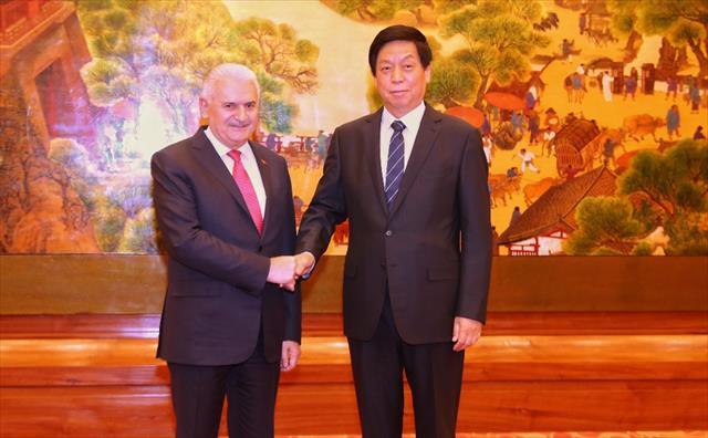 Binali Yıldırım Çinli mevkidaşıyla bir araya geldi