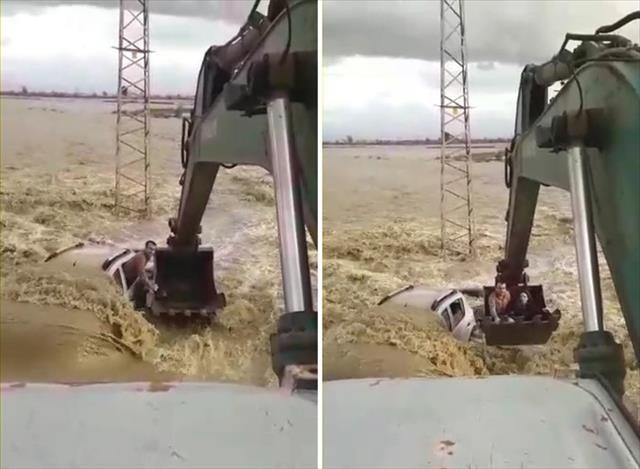 Selden iş makinesiyle kurtarıldılar