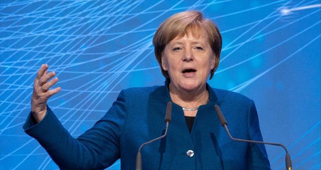Merkel'den AB Ordusu açıklaması