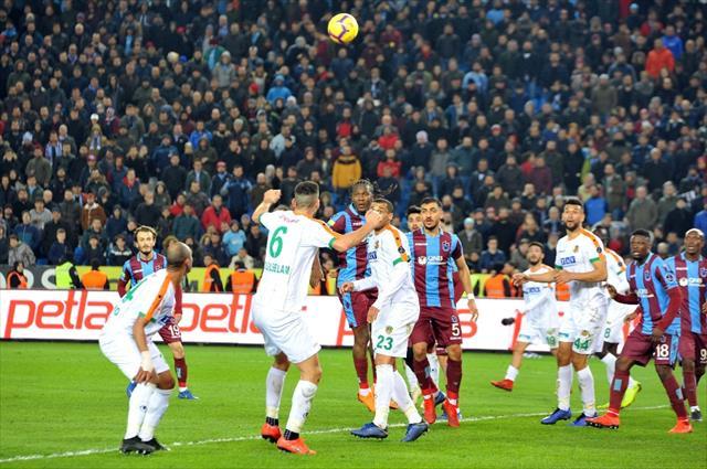 Trabzonspor evinde yenildi