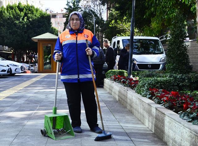CHP'liler kadın işçiyi taciz ve tehdit etti