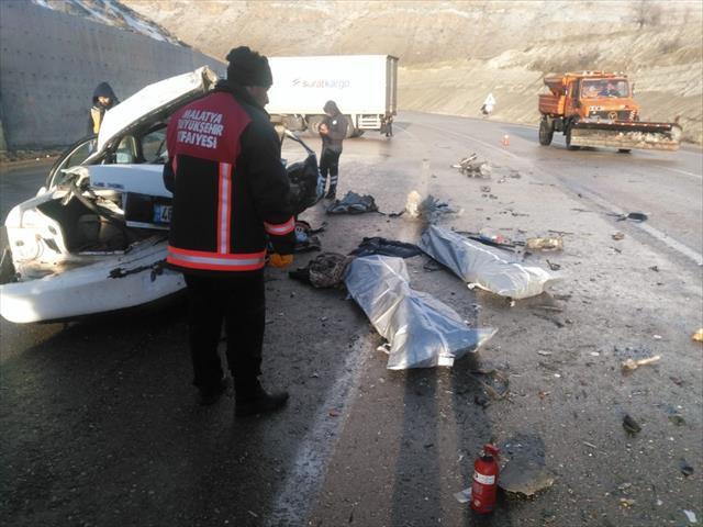 Feci kazalarda 3 kişi öldü, 4 kişi de yaralandı