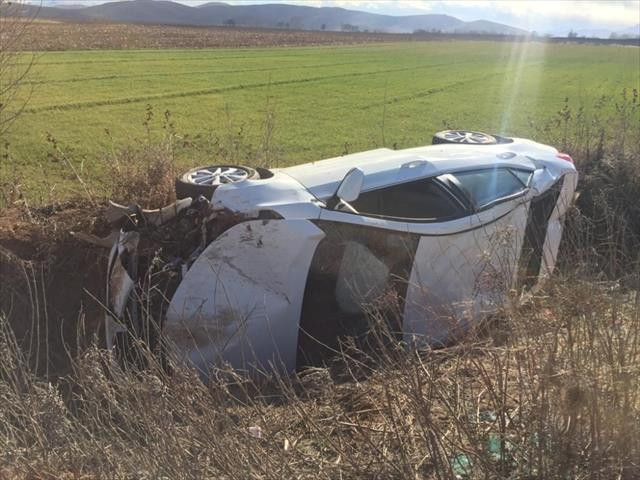Kahramanmaraş'ta otomobil sulama kanalına düştü