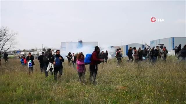Yunanistan göçmenlerle polis arasında çatışma