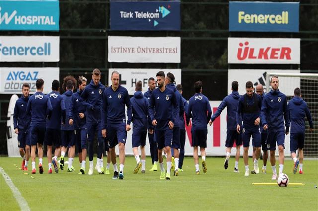 Fenerbahçe'de Alanyaspor maçı hazırlıkları devam ediyor