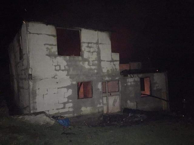Komşusuna gitti döndüğünde evini yanmış halde buldu