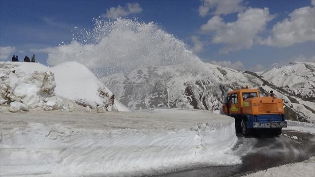 Mayıs ayında 6 metre karla mücadele