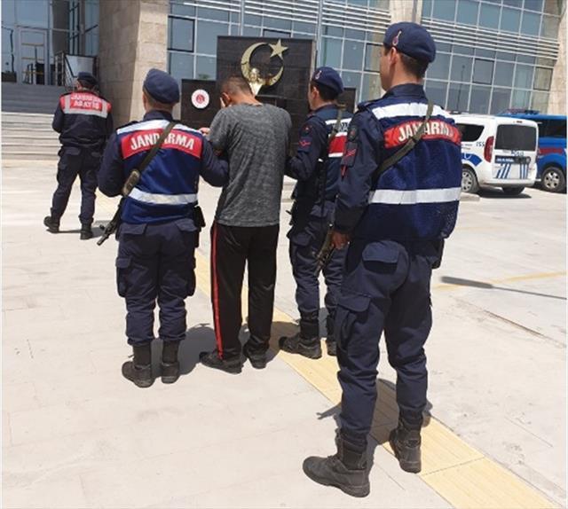 Mersin'de 5 kişi terör örgütü üyesi olmaktan yakalandı