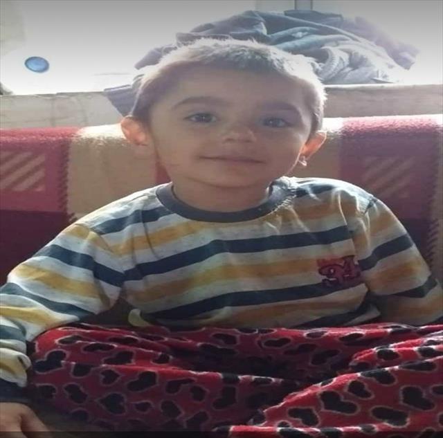 İki çocuğunu kurtardı ama 5 yaşındaki Bilal...