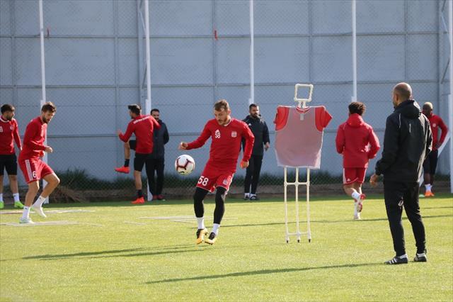 Sivasspor, Göztepe hazırlıklarını sürdürüyor