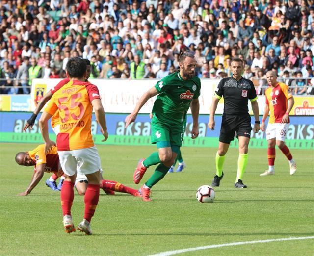 Galatasaray uzatmalarda kazandı
