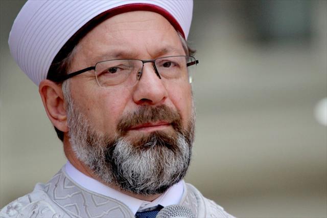 """""""Kur'an-ı Kerim'i okumasını bilmeyen varsa mutlaka öğrensin"""""""