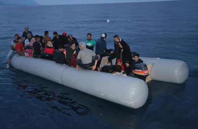 Kuşadası'nda 47 kaçak göçmen yakalandı